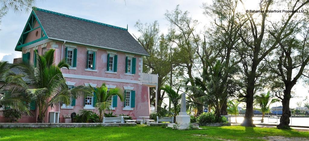 Bahamas Waterfront Properties